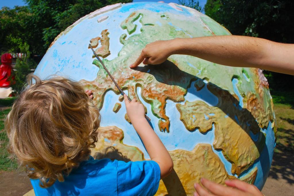 niño-aprender-mapa