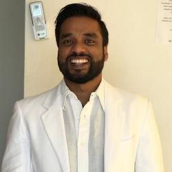 Profesor particular Deepak