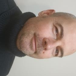 Profesor particular Artan Murati